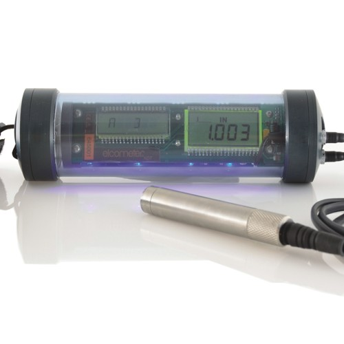 UG20DL-underwater-thickness-gauge